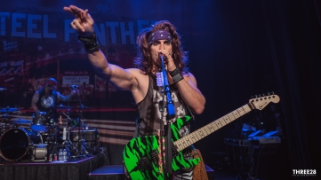 Steel Panther (1 of 1)-10