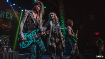 Steel Panther (1 of 1)-8