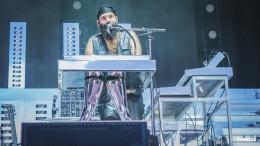 Chromeo (1 of 1)-4