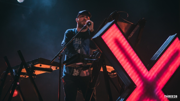 CHVRCHES (1 of 1)-14