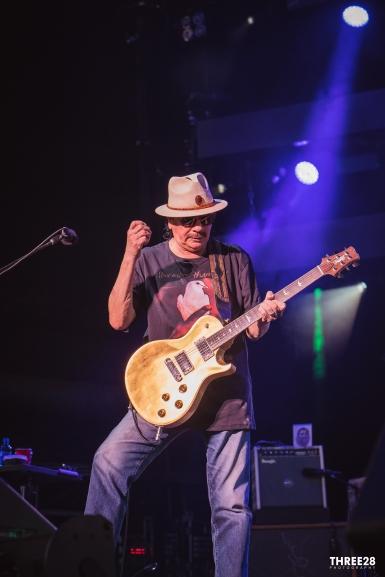 Santana (1 of 1)-12